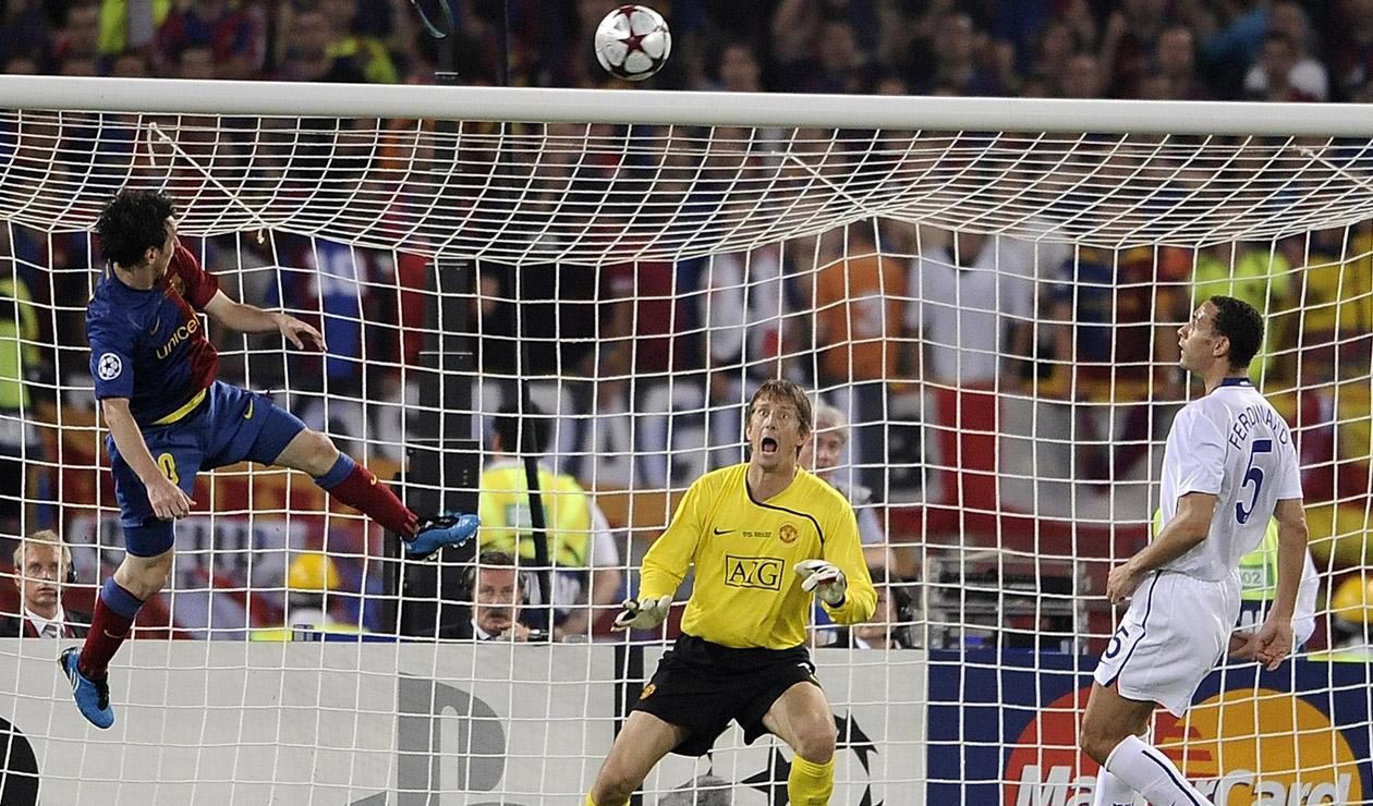 Messi marcando el segundo gol ante el Manchester - Champions 2009