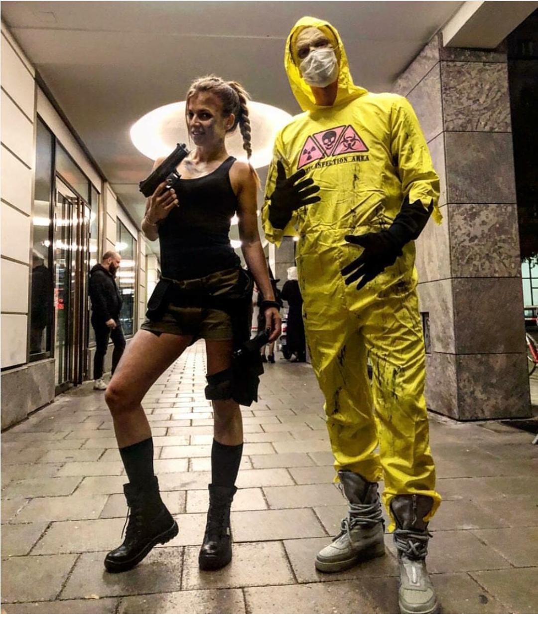 Robert Lewandowski y su esposa en halloween