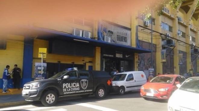 Evacuación del estadio La Bombonera