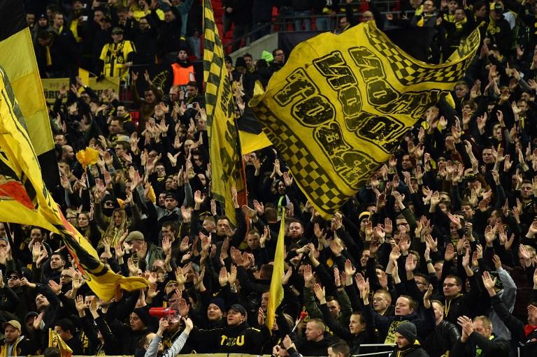 Hinchada del Borussia Dortmund en la Champions