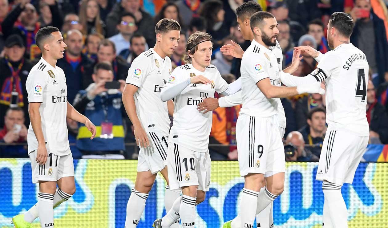 Real Madrid celebra el gol que abrió el marcador durante el clásico ante Barcelona en la Copa del Rey.
