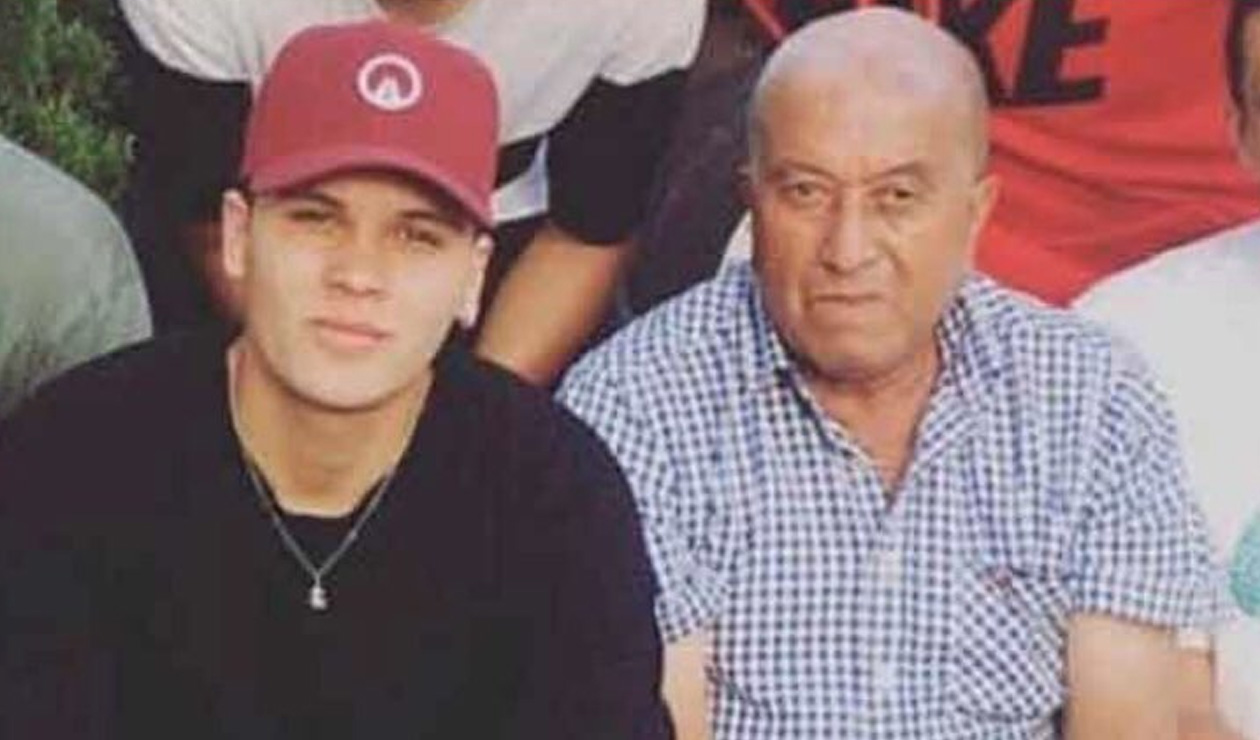 Juan Fernando Quintero, junto a su abuelo, Javier Paniagua