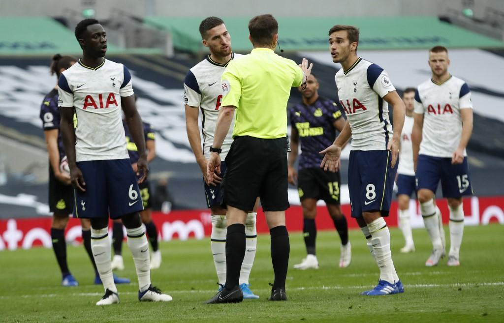 (Video) Tottenham vs West Ham: ingenuo autogol de Dávinson Sánchez | Antena 2