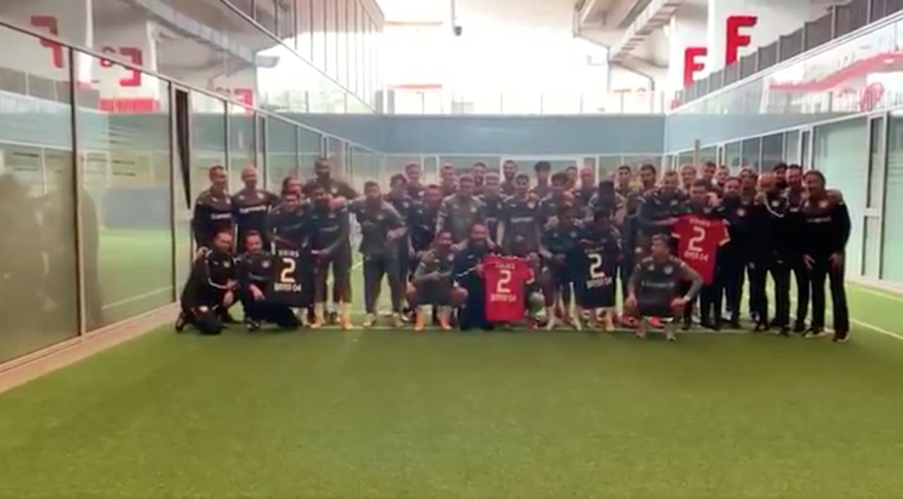 Triunfo de Bayer Leverkusen en la Europa League es dedicado a Arias | Antena 2