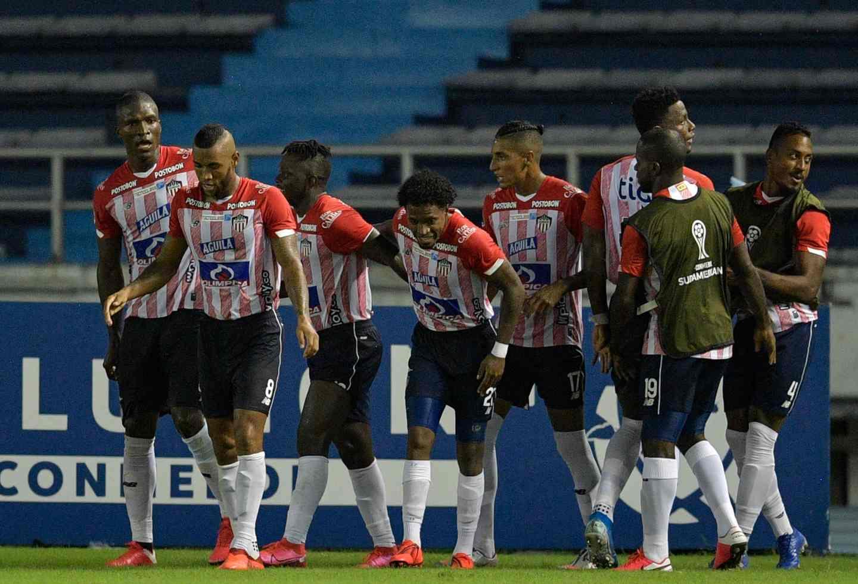 Junior: Gabriel Fuentes, en equipo ideal de la fecha en Sudamericana | Antena 2