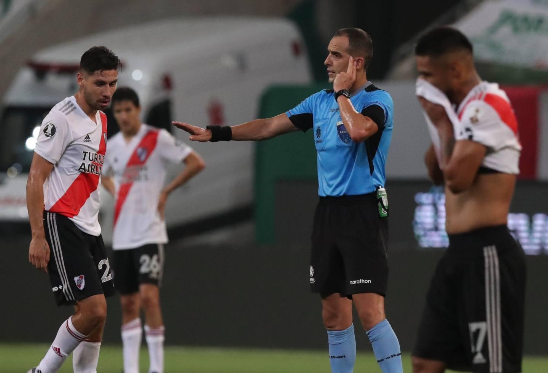 Revelan audios del VAR del Palmeiras Vs. River de la Copa Libertadores | Antena 2