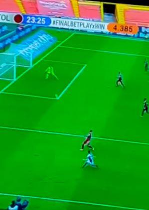 Gol de Daniel Ruiz, final