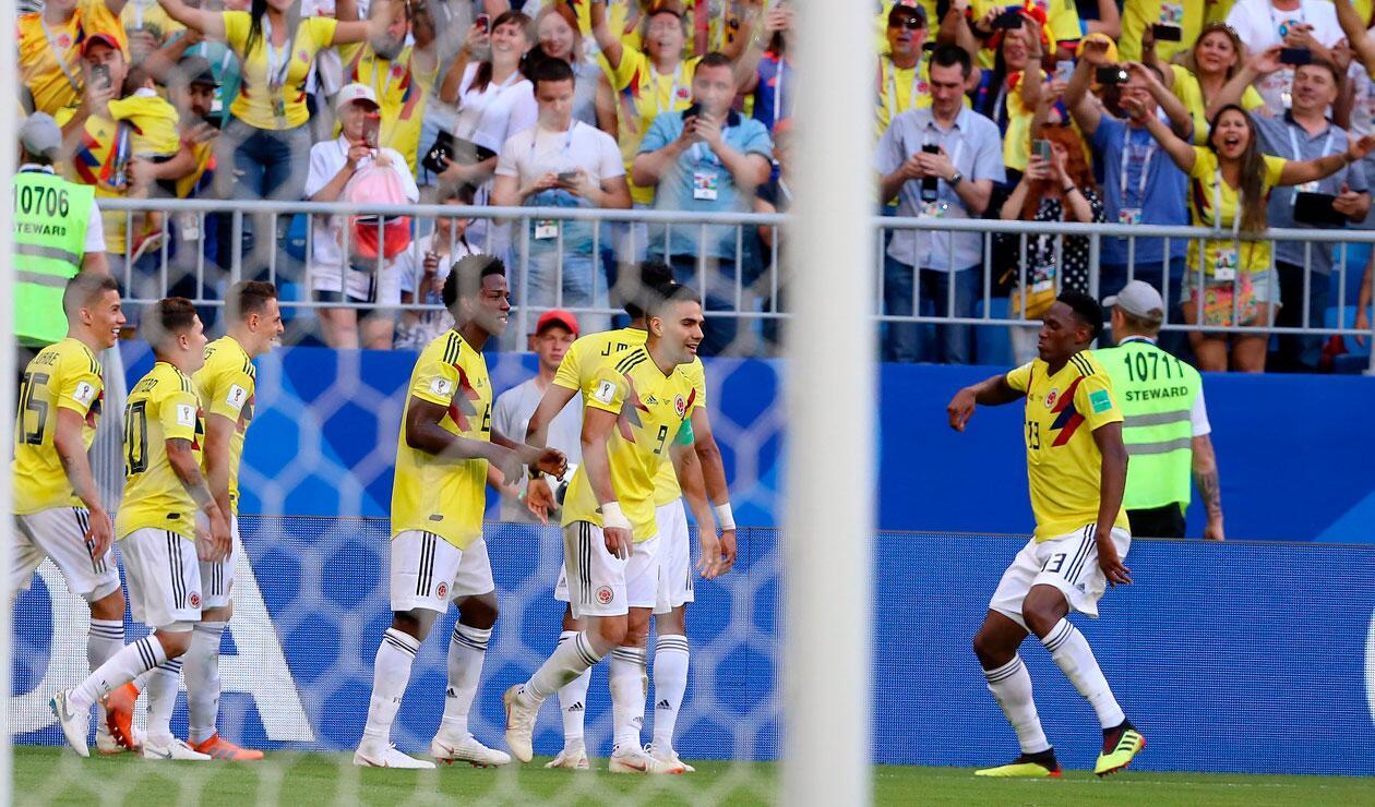 Yerry Miana celebra el gol que marcó con Colombia ante Senegal