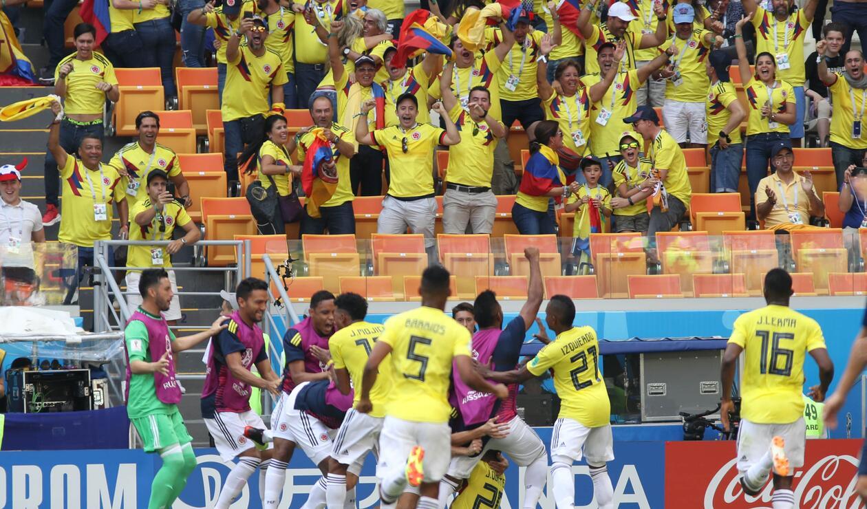 Celebración del gol de Colombia ante Japón