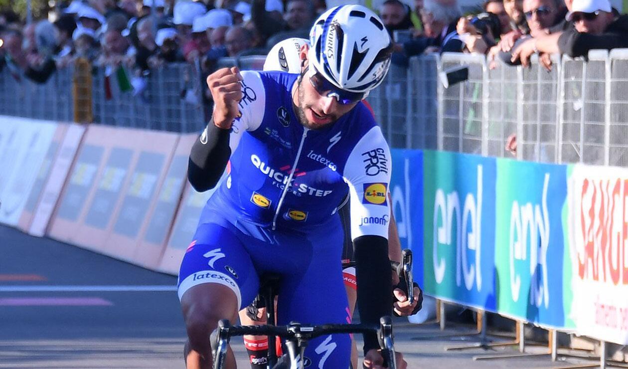 Fernando Gaviria fue escolta por segundo día consecutivo en la Vuelta a Suiza
