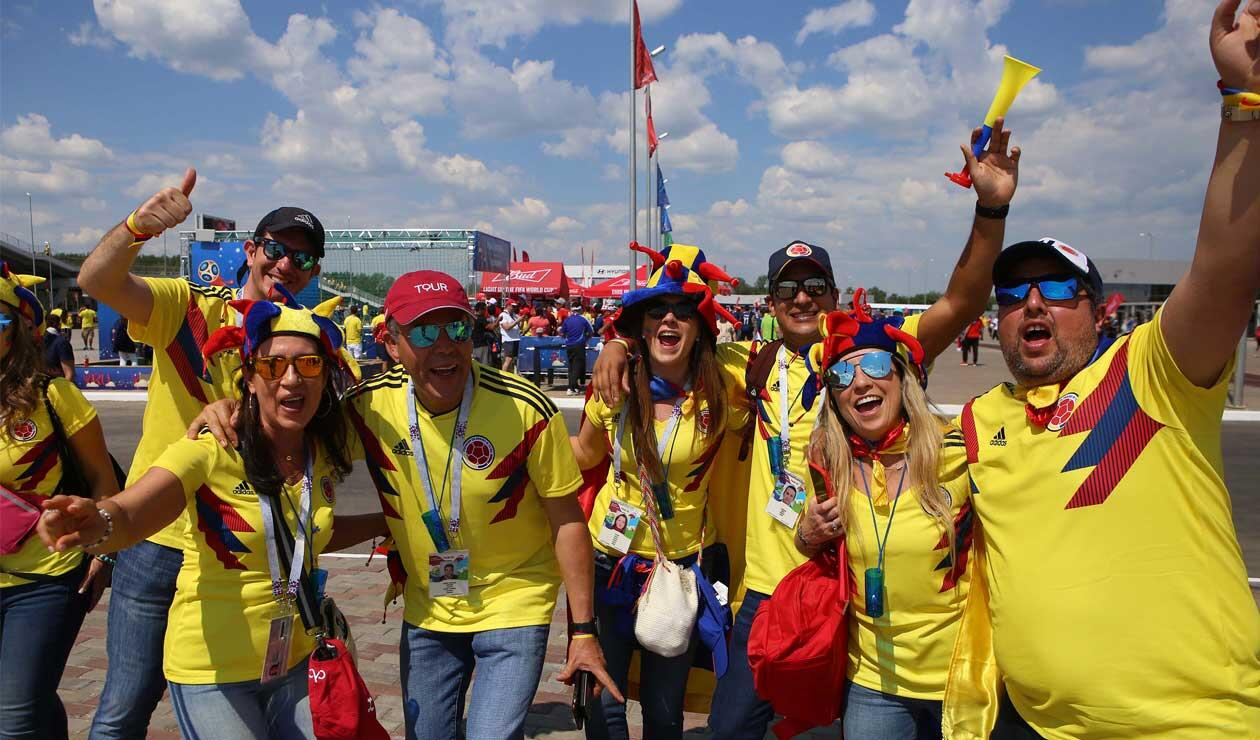Hinchas de la Selección Colombia antes del partido ante Japón