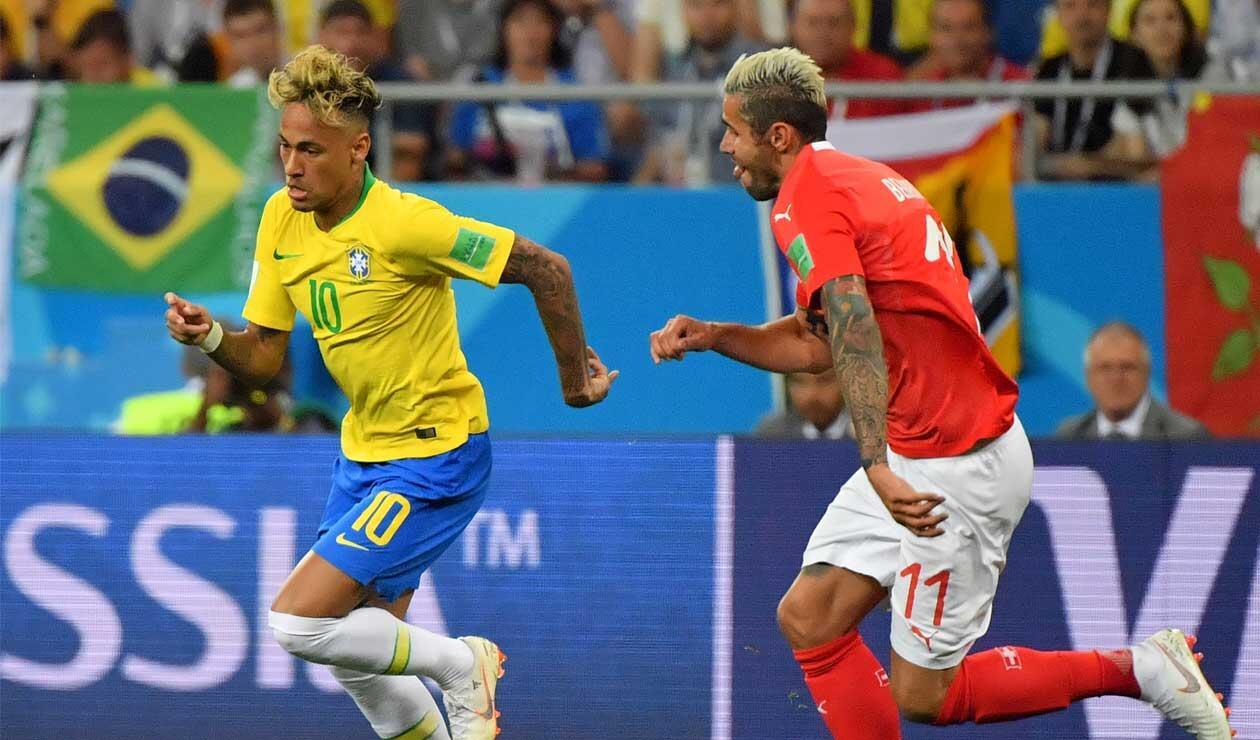Neymar volvió a jugar un partido oficial con la selección brasileña