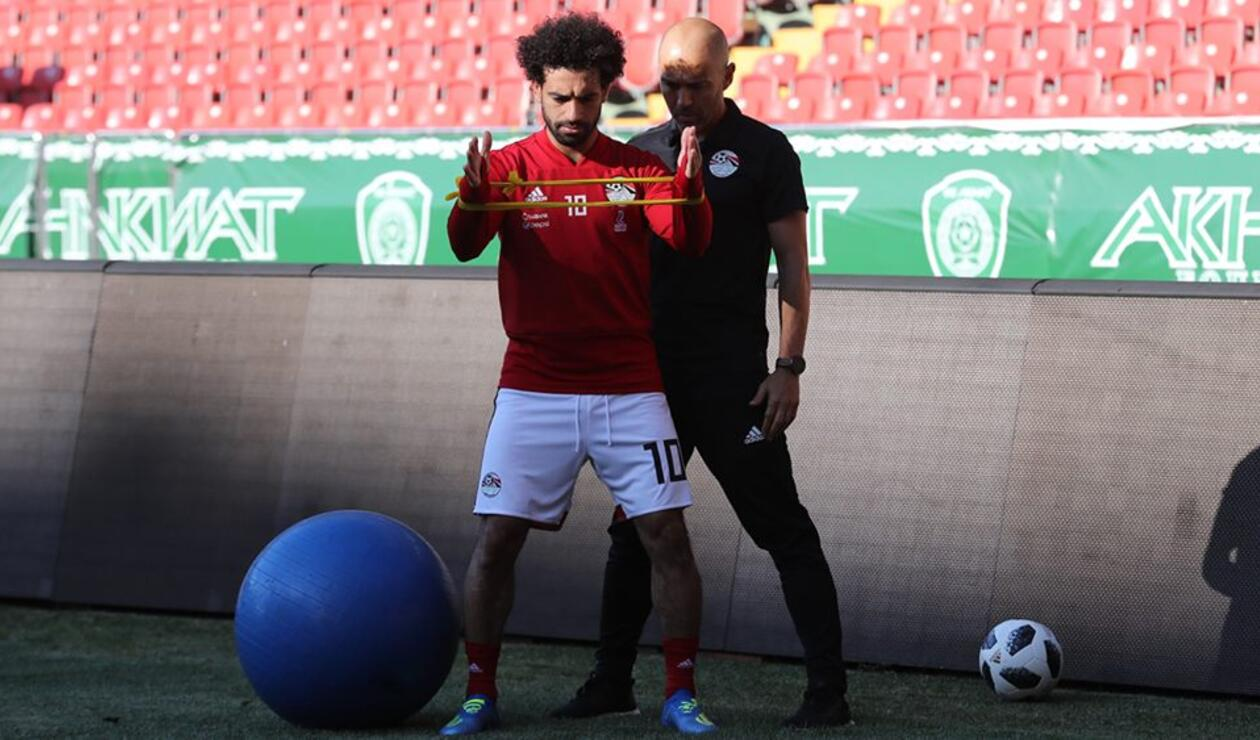 Mohamed Salah recuperándose de su lesión con la Selección de Egipto