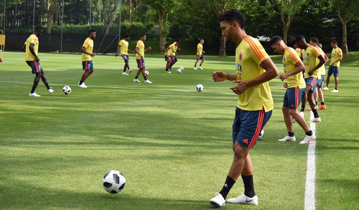 Abel Aguilar en entrenamiento de la Selección Colombia