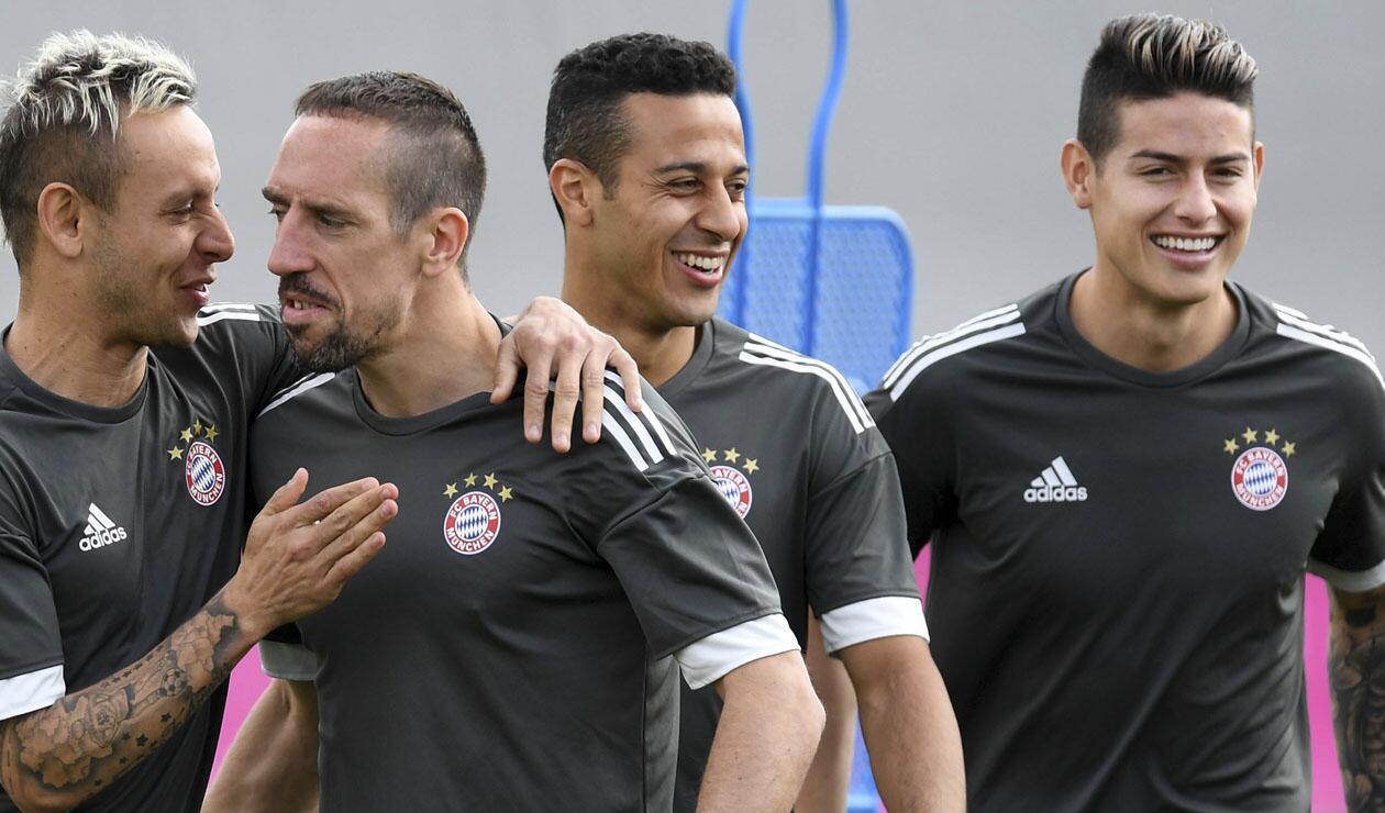 Thiago Alcántara junto a Rafinha, Franck Ribery y James Rodríguez en el Bayern Múnich