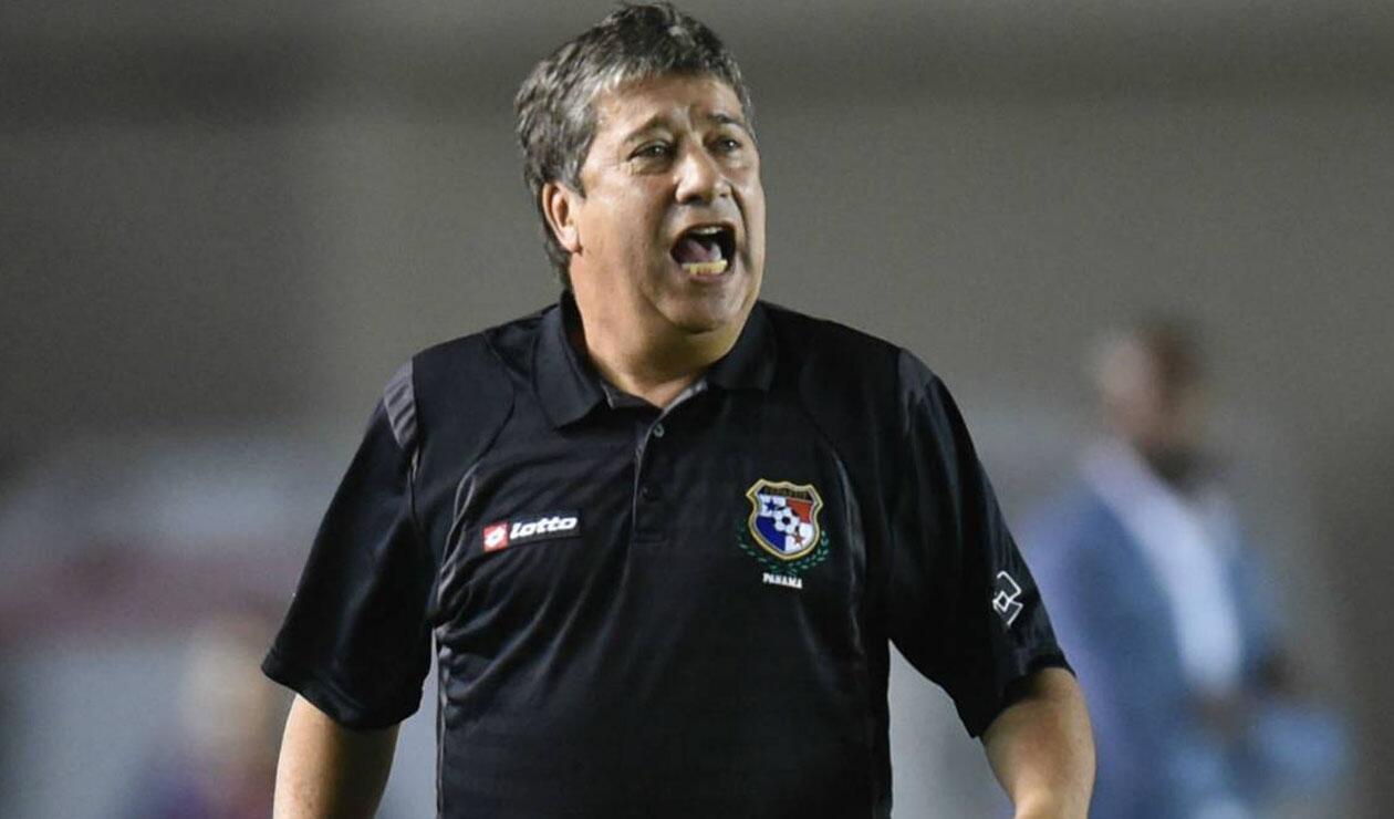 Bolillo Gómez, técnico colombiano que dirige Panamá