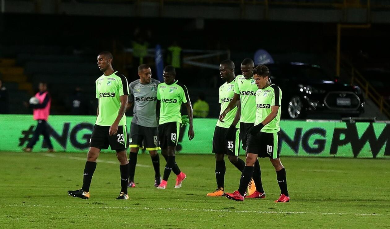 Andrés Felipe Roa y otros dos futbolistas saldrían del Deportivo Cali