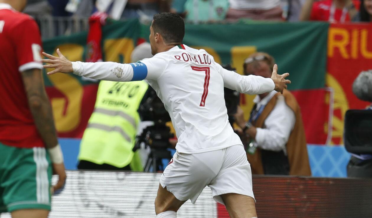 Cristiano Ronaldo marcando el gol del triunfo de Portugal ante Marruecos