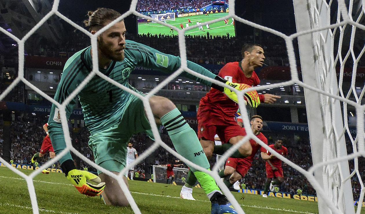 David De Gea y Cristiano Ronaldo en el encuentro España vs Portugal