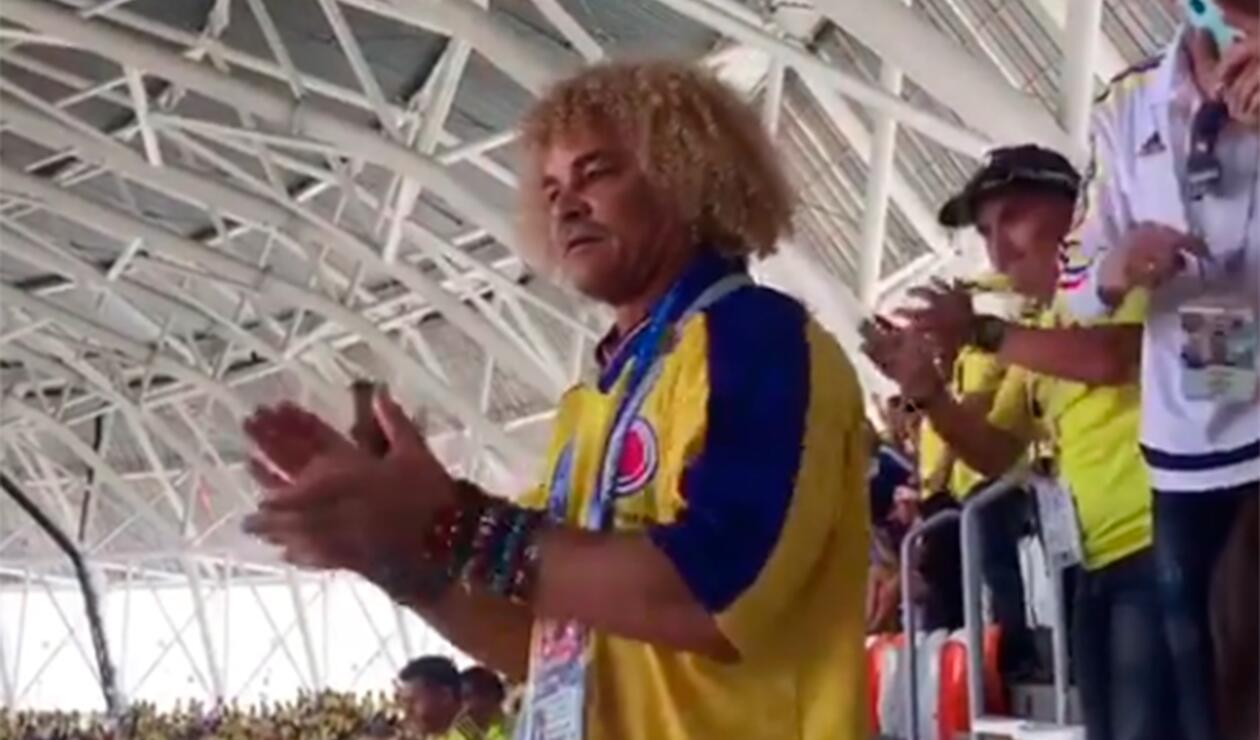 """""""Me corté el pelo para hacerle el 'dos' a mi hermano René Higuita"""", informó el Pibe Valderrama recientemente."""