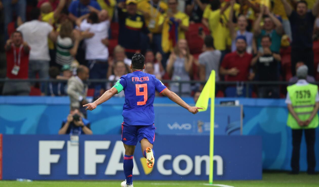 La imagen histórica; Falcao marcó su primer gol en una Copa del Mundo