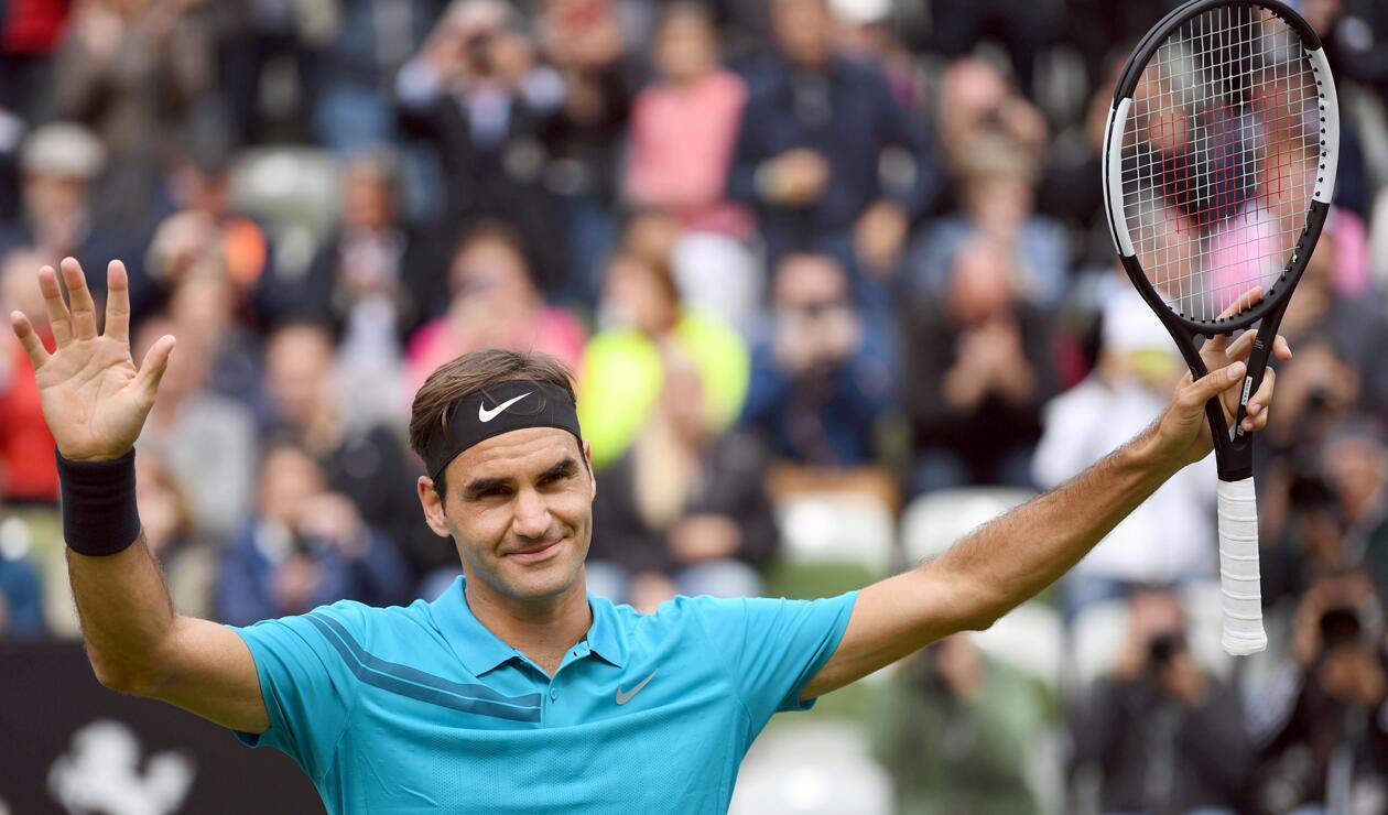 Federer compitiendo en el Torneo de Stuttgart