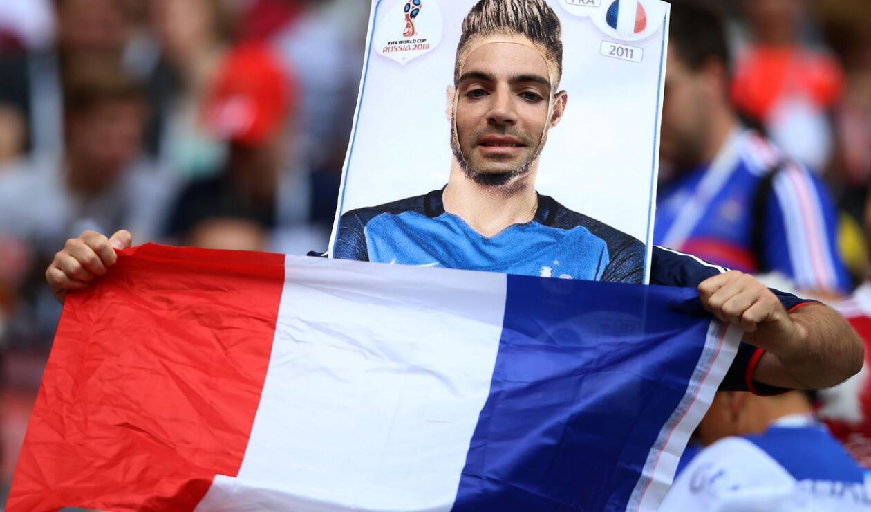 Los aficionados así lucieron en el Francia vs Dinamarca
