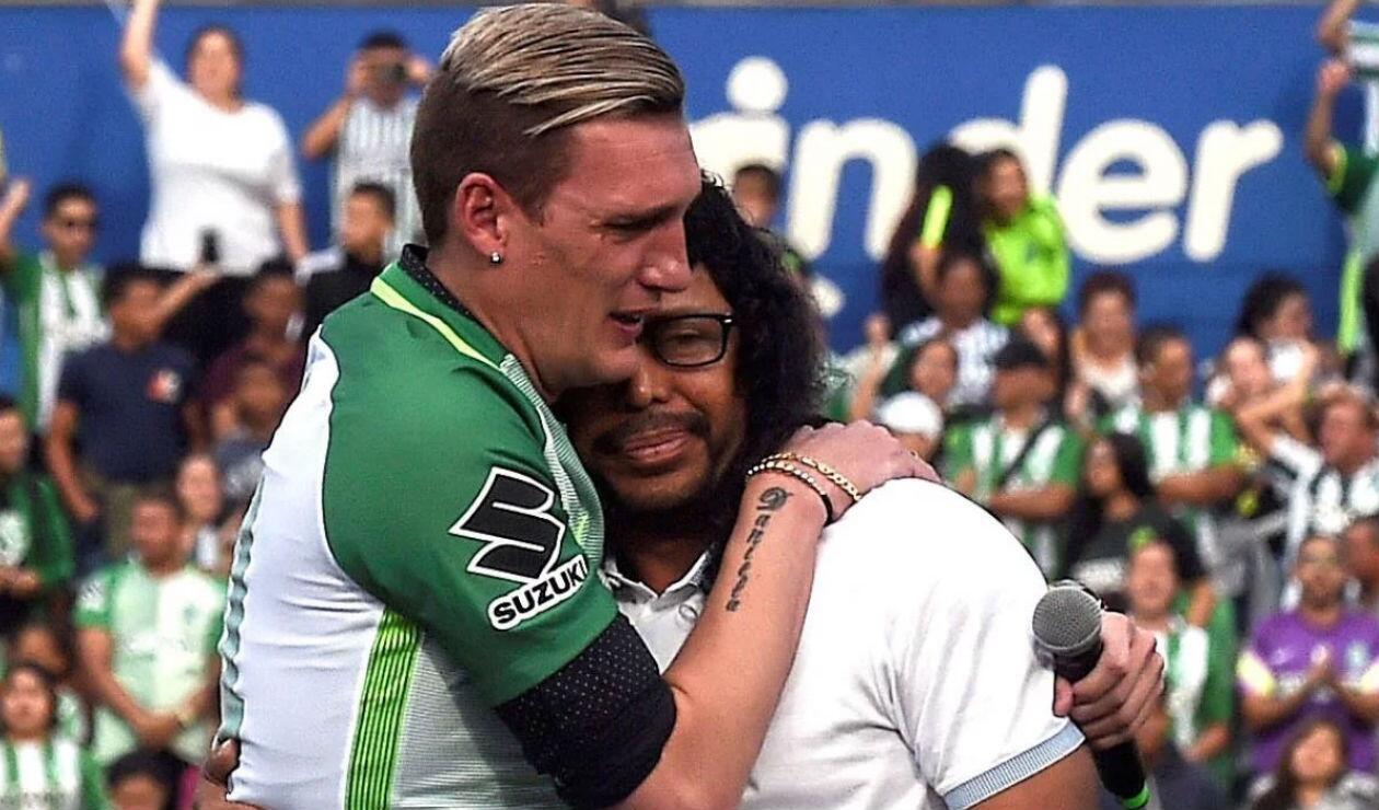 Franco Armani junto a René Higuita en su despedida de Nacional en 2017