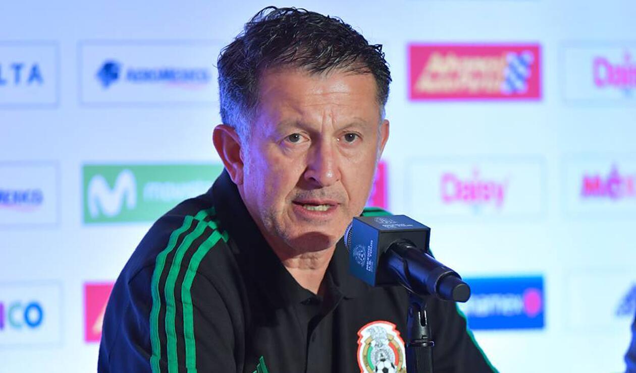 Juan Carlos Osorio en rueda de prensa con la Selección de México