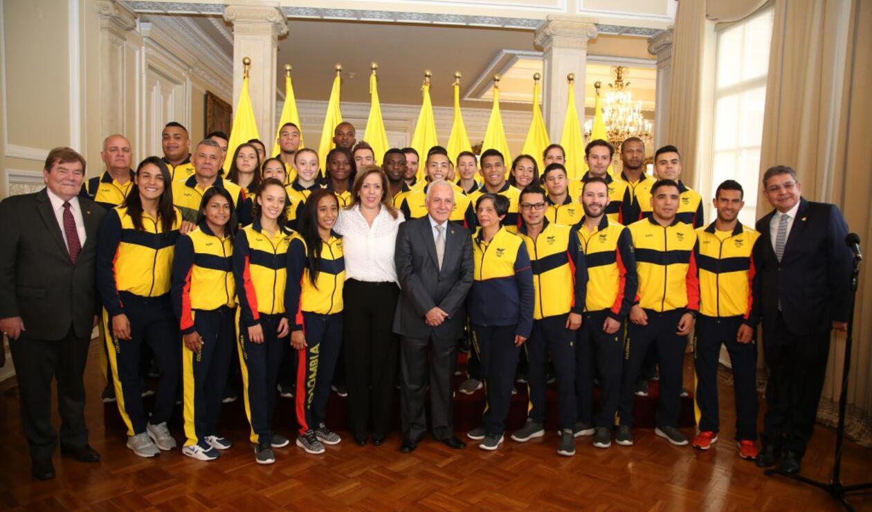 Presidente Santos y la delegación de Colombia en los Centroamericanos