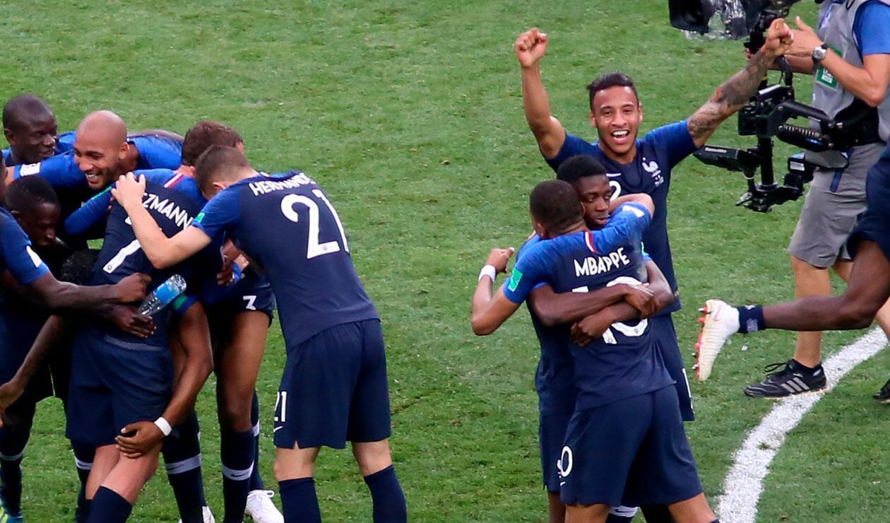 Kyllian M'bappe celebra el título de Francia en el Mundial de Rusia 2018