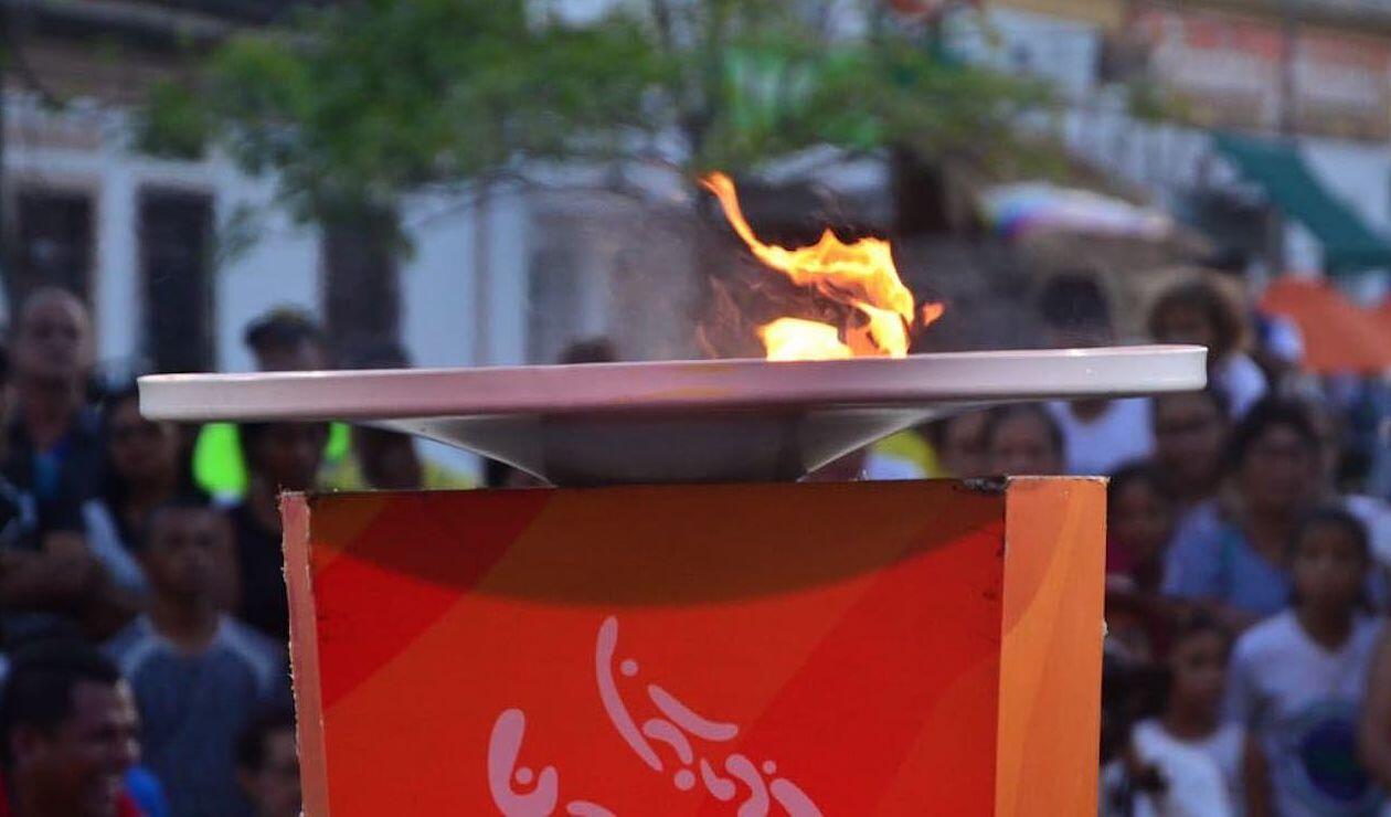 El fuego de los Juegos Centroamericanos por las calles del municipio de Soledad, Atlántico