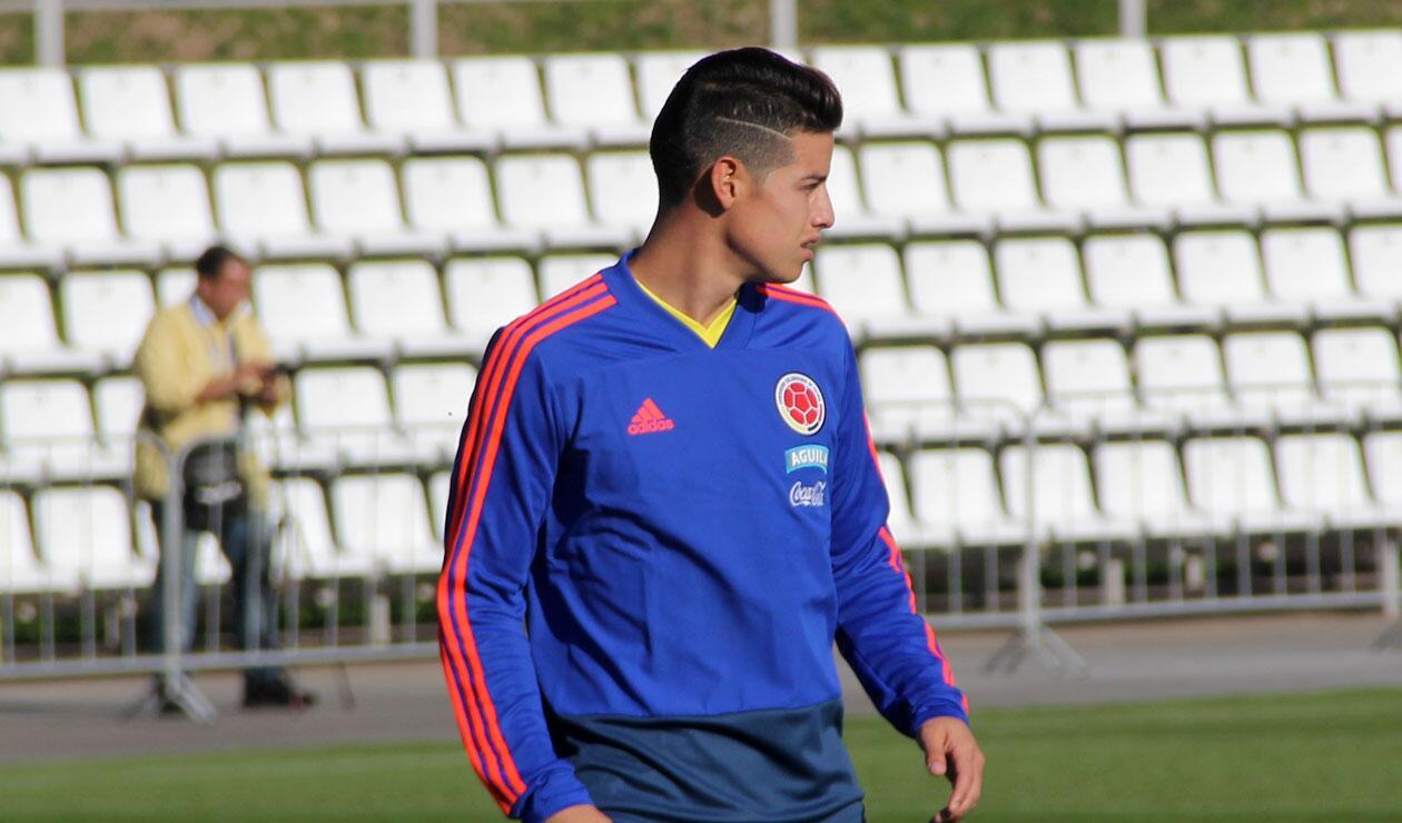 james en un entrenamiento de la Selección Colombia