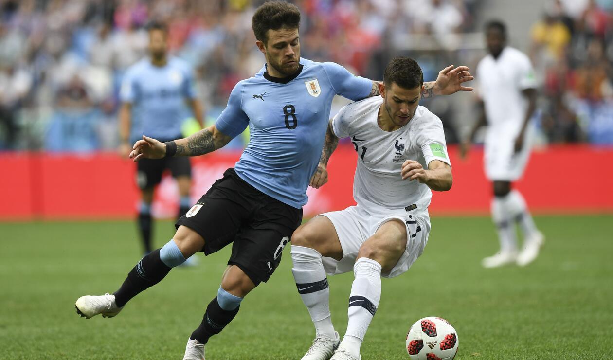 Uruguay y Francia eliminaron a Portugal y Argentina, respectivamente