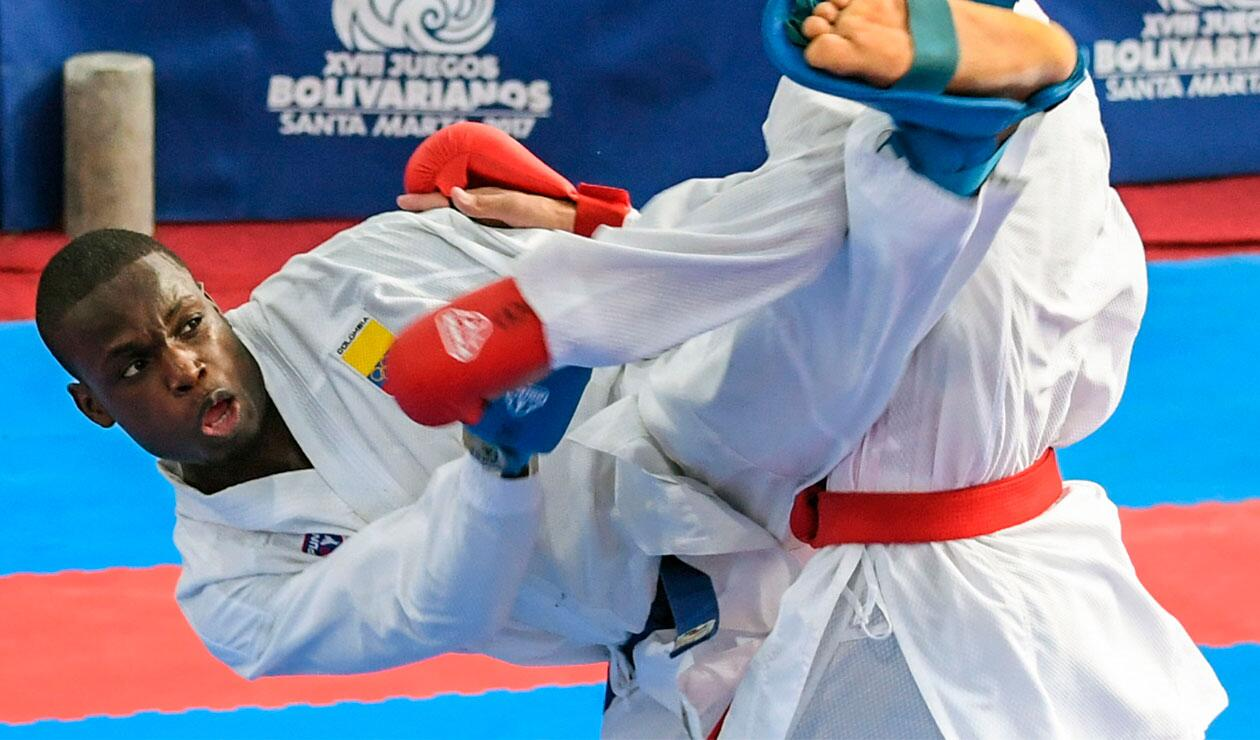 Carlos Sinisterra ganó oro en el Karate de los Juegos Centroamericanos y del Caribe Barranquilla 2018