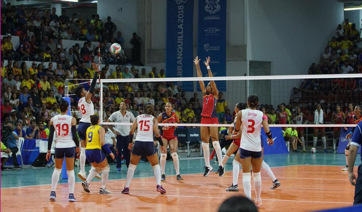 Colombia perdió ante R. Dominicana en voleibol y se colgó la medalla de plata