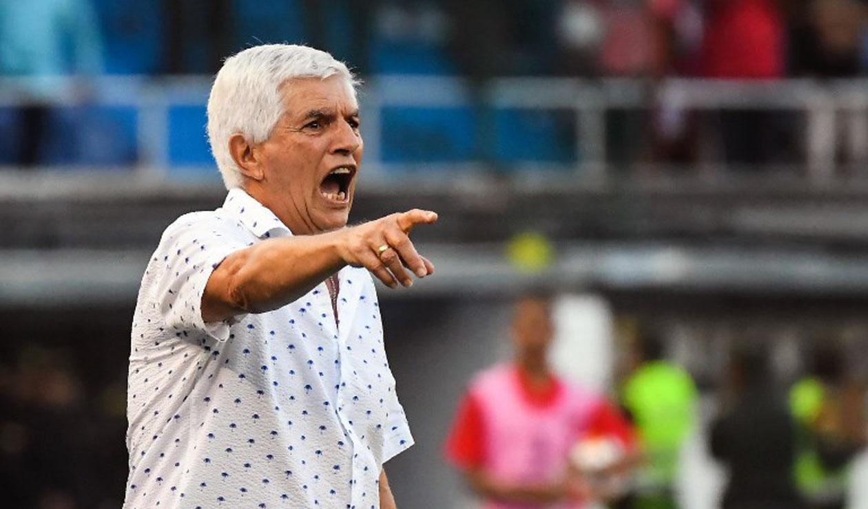 Julio Comesaña habló sobre la posible salida de Teófilo Gutiérrez
