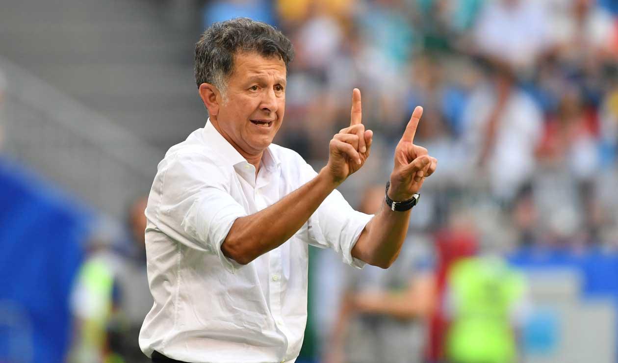 Juan Carlos Osorio dirigiendo a México en el partido ante Corea del Sur en el Mundial de Rusia 2018