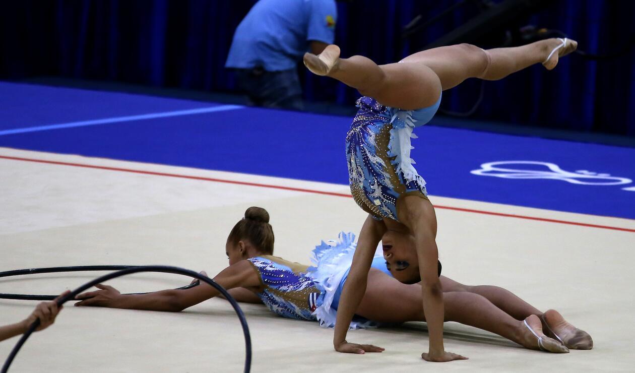 El representativo de Cuba en la gimnasia rítmica por equipos
