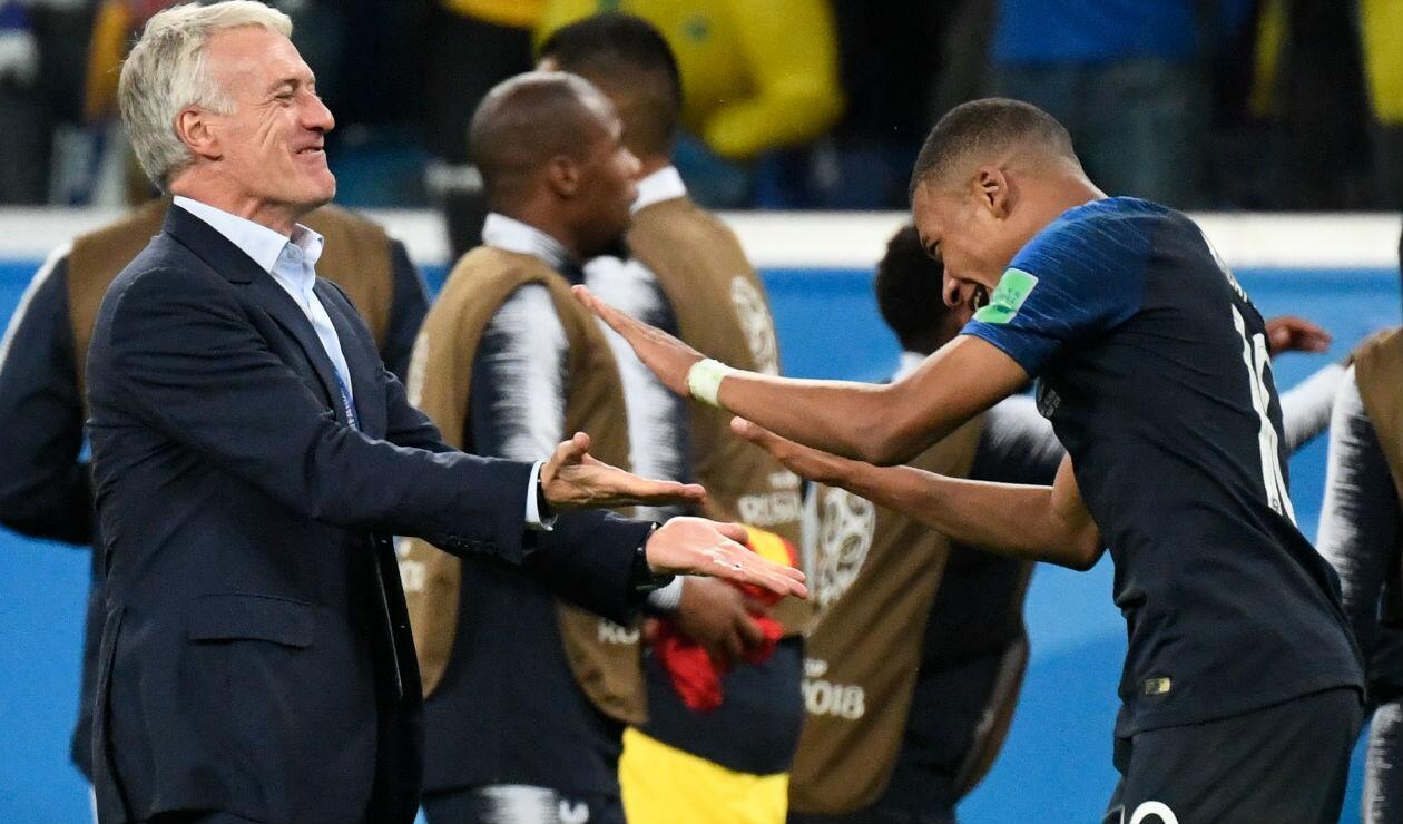 Didier Deschamps y Kylian Mbappe con Francia en Rusia 2018