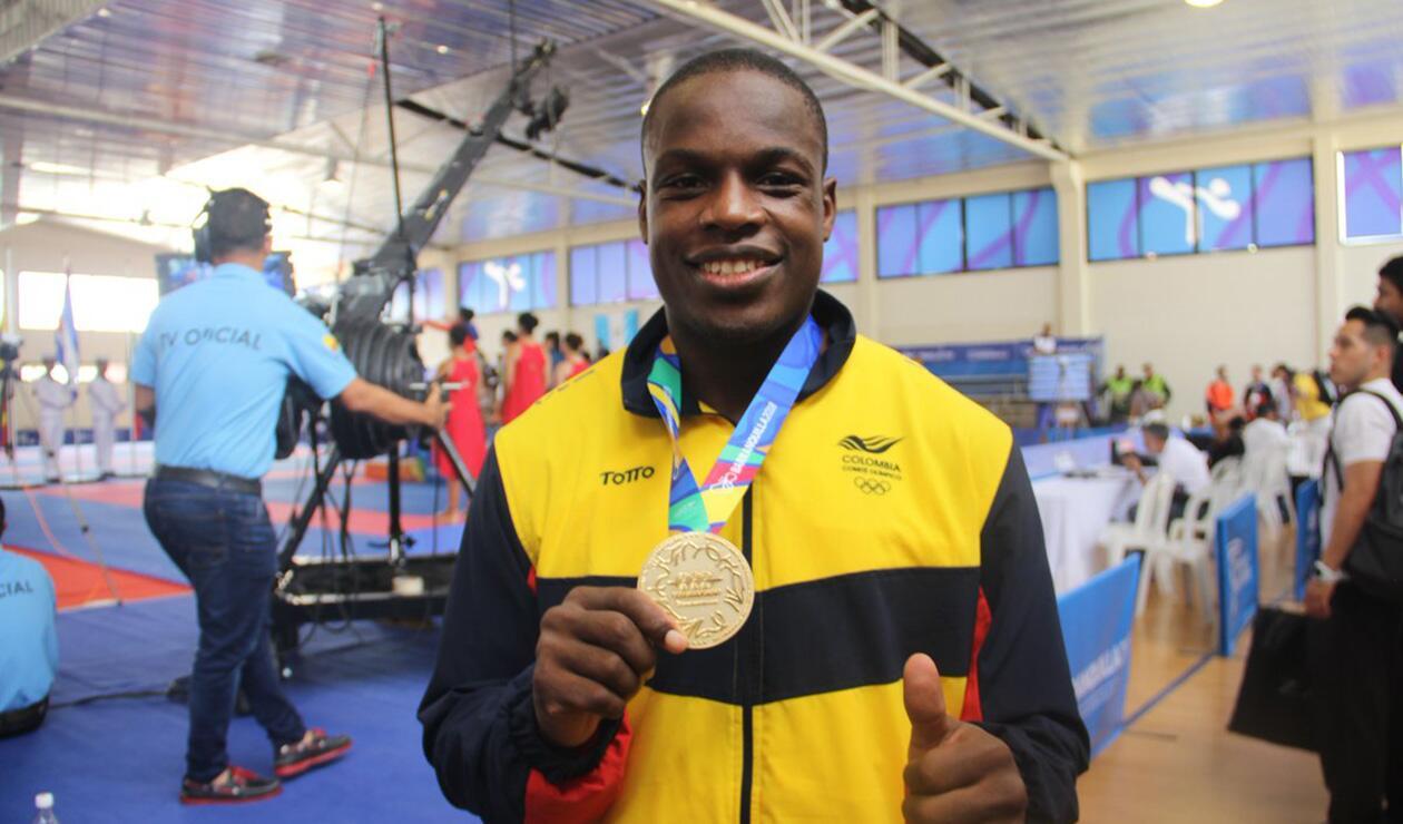 Carlos Sinisterra le entregó la única medalla de oro a Colombia en la octava jornada de competencias