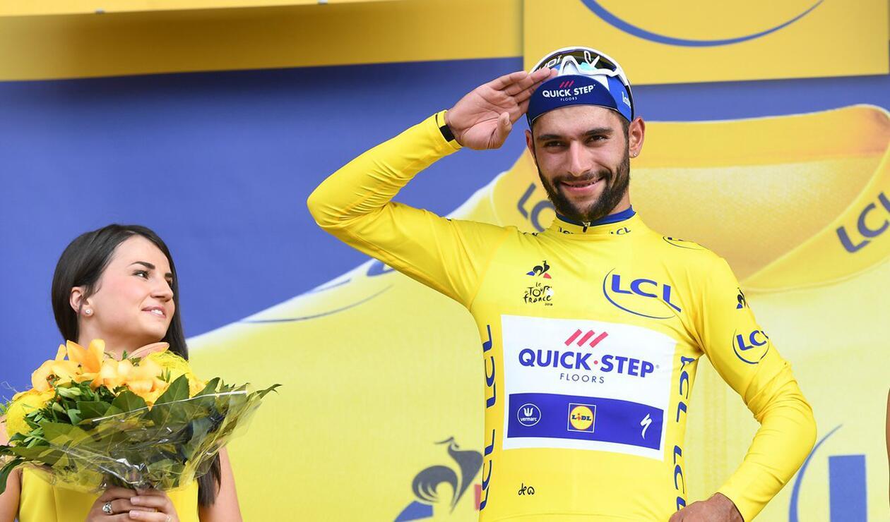 Fernando Gaviria ganó la primera etapa y es líder del Tour de Francia