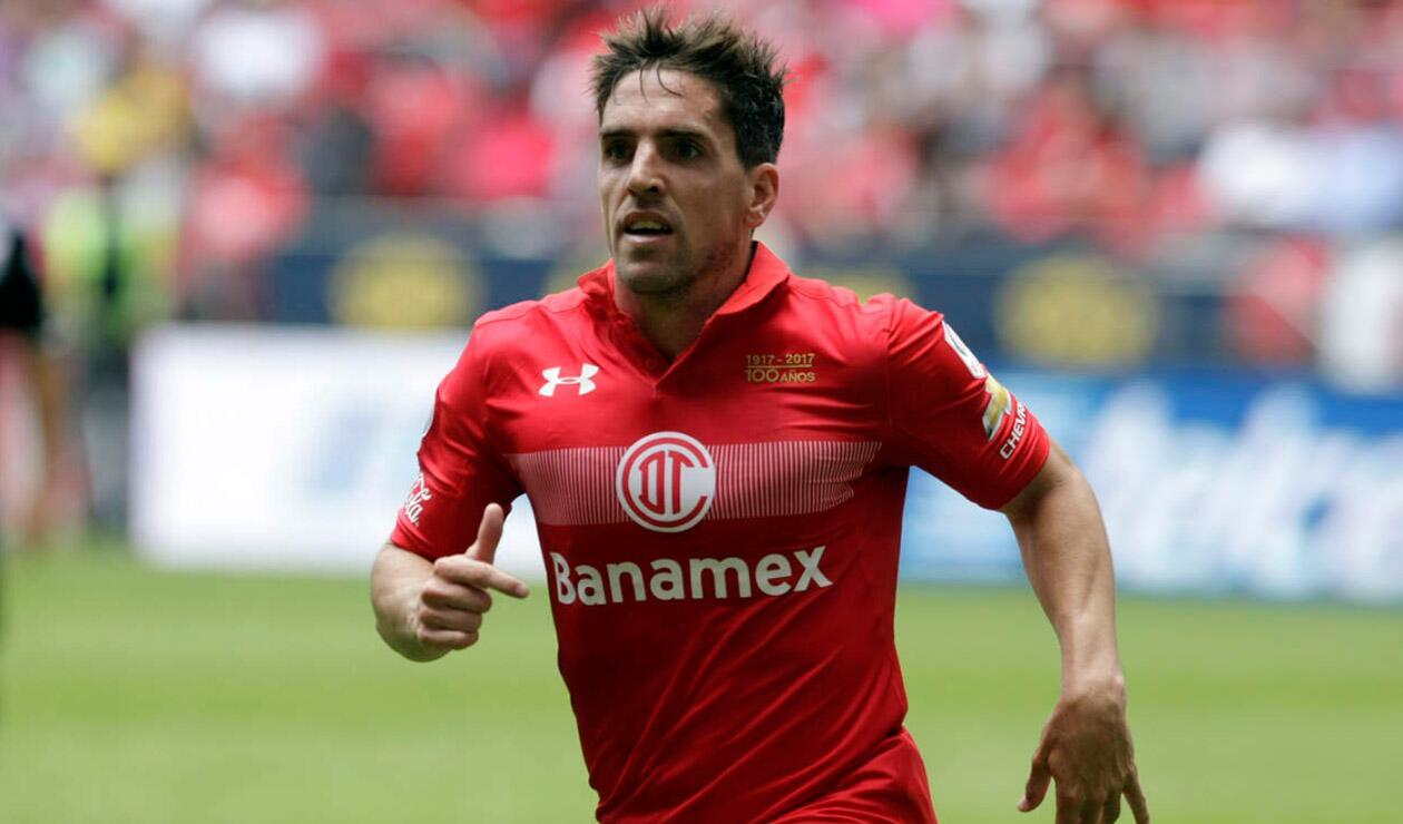 Gabriel Hauche jugando con el Toluca