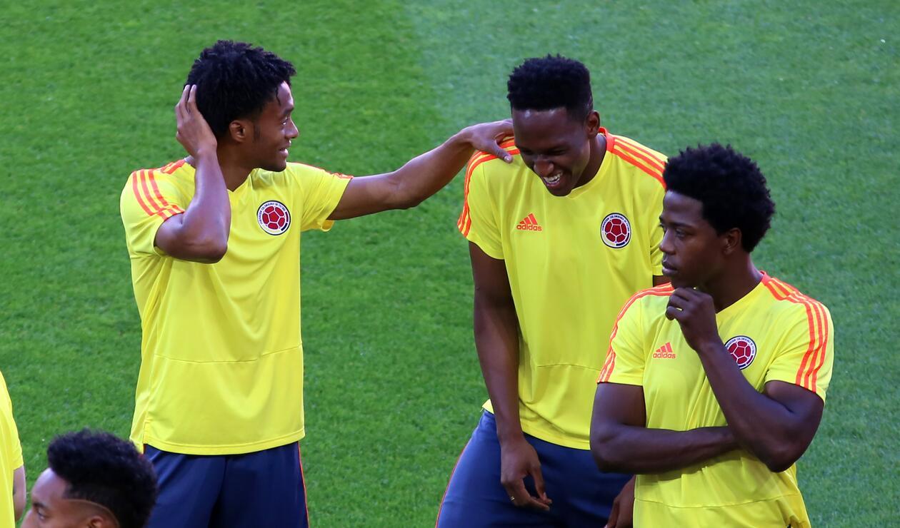 Yerry Mina y Juan Guillermo Cuadrado en entrenamiento de la Selección Colombia