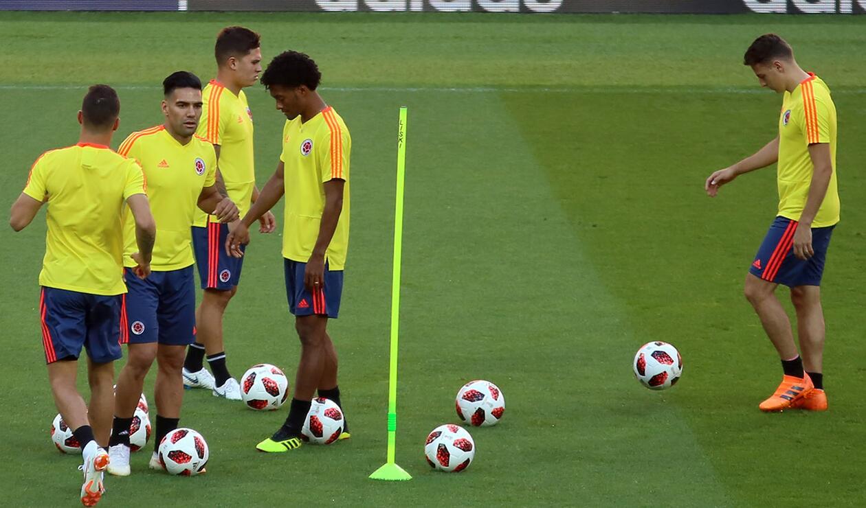 Selección Colombia en entrenamiento