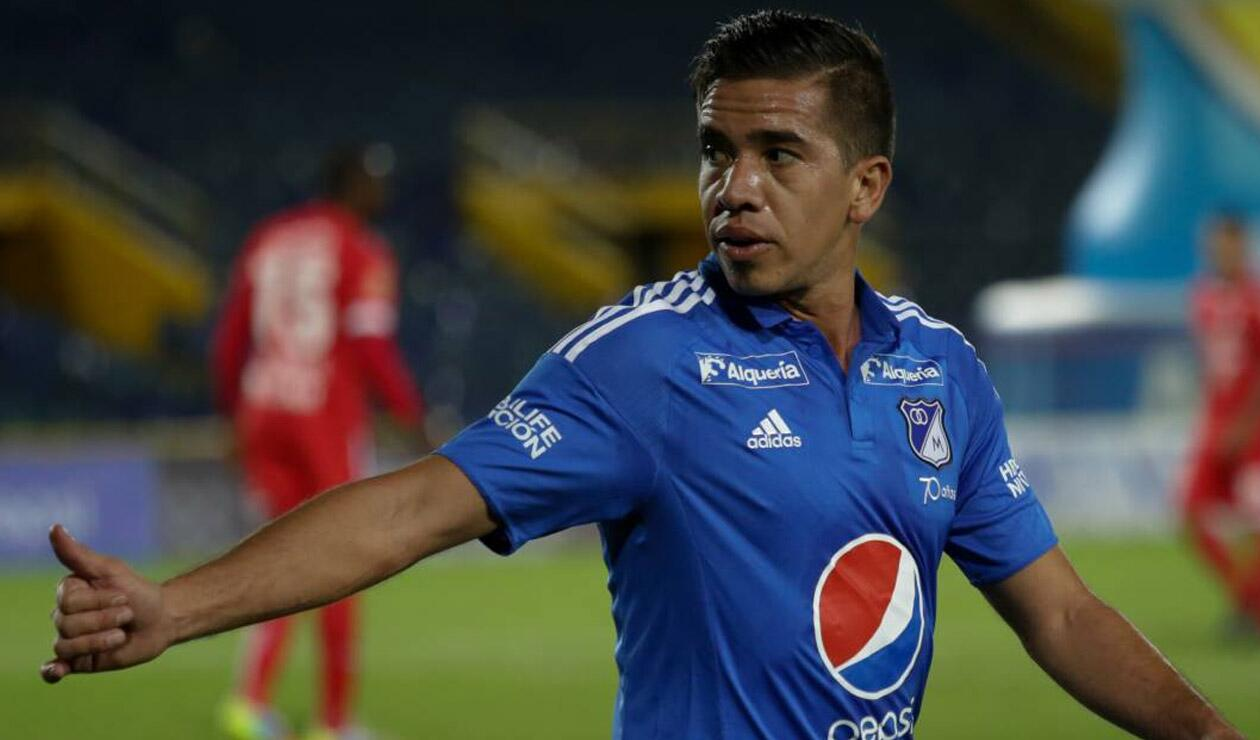 Maximiliano Núñez jugando para Millonarios