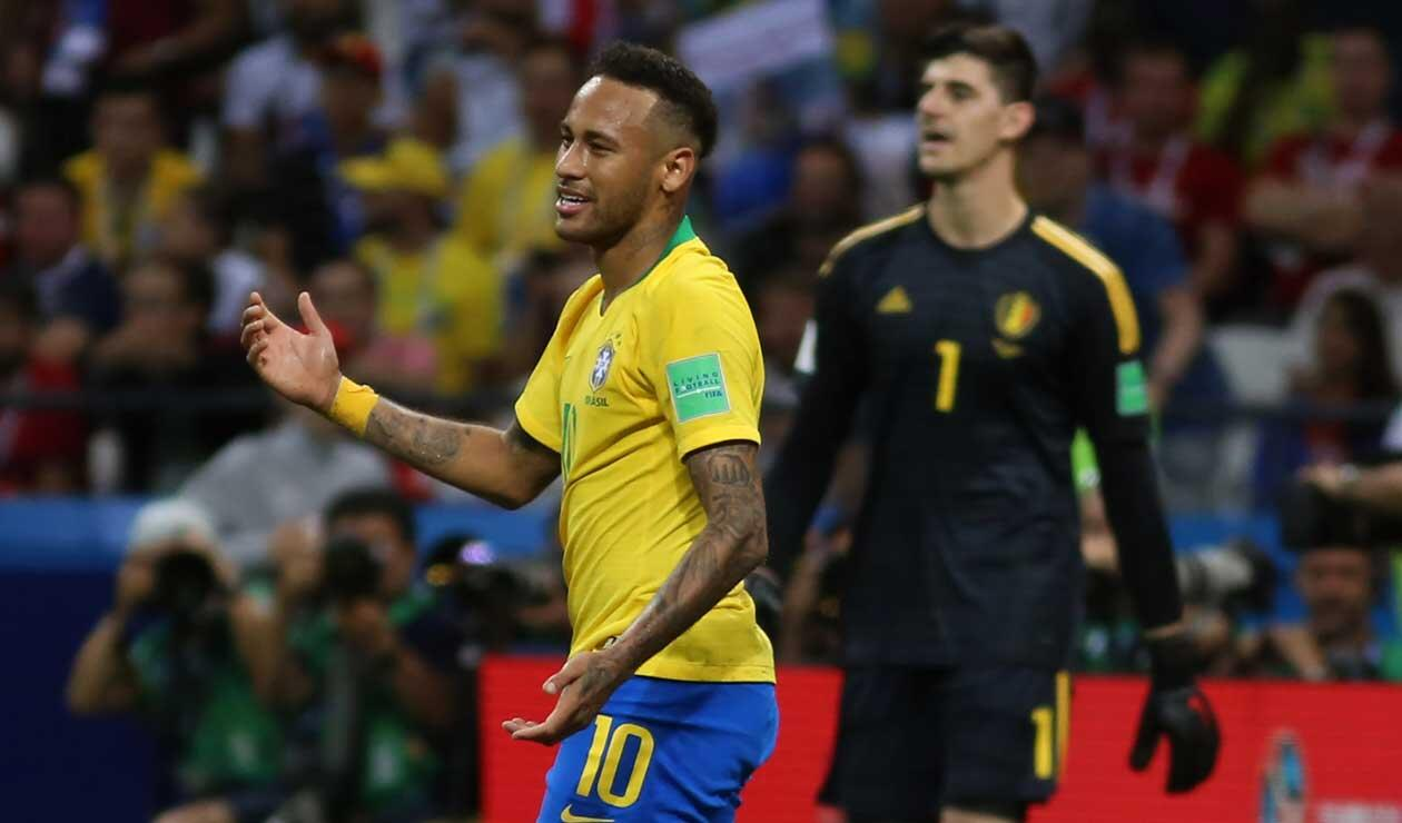 Neymar se lamenta por la eliminación de Brasil frente a Bélgica