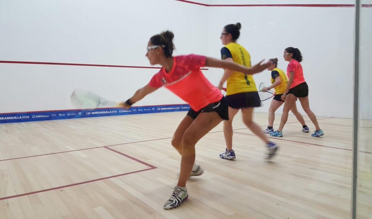 Las hermanas Laura Viviana Tovar y María Paula Tovar ganaron oro en squash