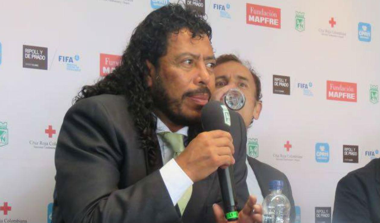 René Higuita en rueda de prensa