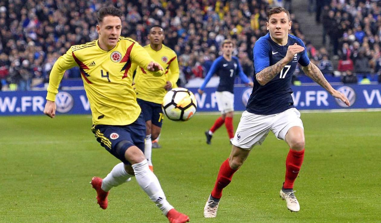 Santiago Arias con la Selección Colombia ante Francia, previo al Mundial Rusia 2018